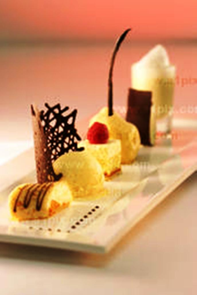 Patisserie desserts wholesale